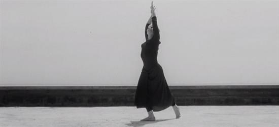 Dancing with Maria. Il film su Maria Fux