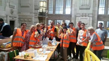 Una serata per SOS ERM, l'associazione dei volontari del mezzanino della stazione Centrale